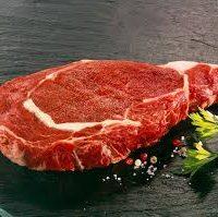 Pièce de bœuf «Fin gras du Mézenc», Méli-mélo de légumes et   pommes de terre grenaille, jus de viande